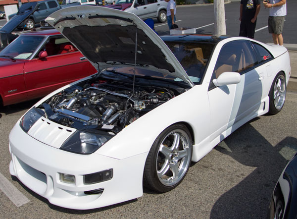 10,000 reasons why Z Enthusiasts Love Z Cars!